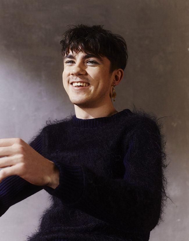 Declan Mckenna / Zeros Review - Chaotic Charisma In The
